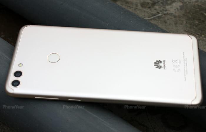 Huawei Y9 2018 back