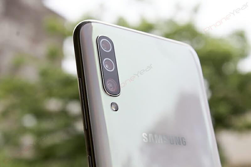 Galaxy A70 rear cameras