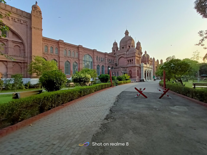 realme8 Lahore Museum Ultrawide angle